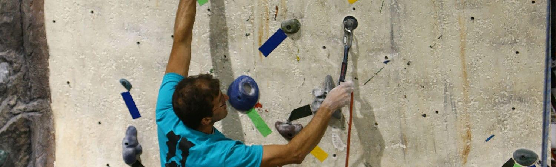 expert climbing staff