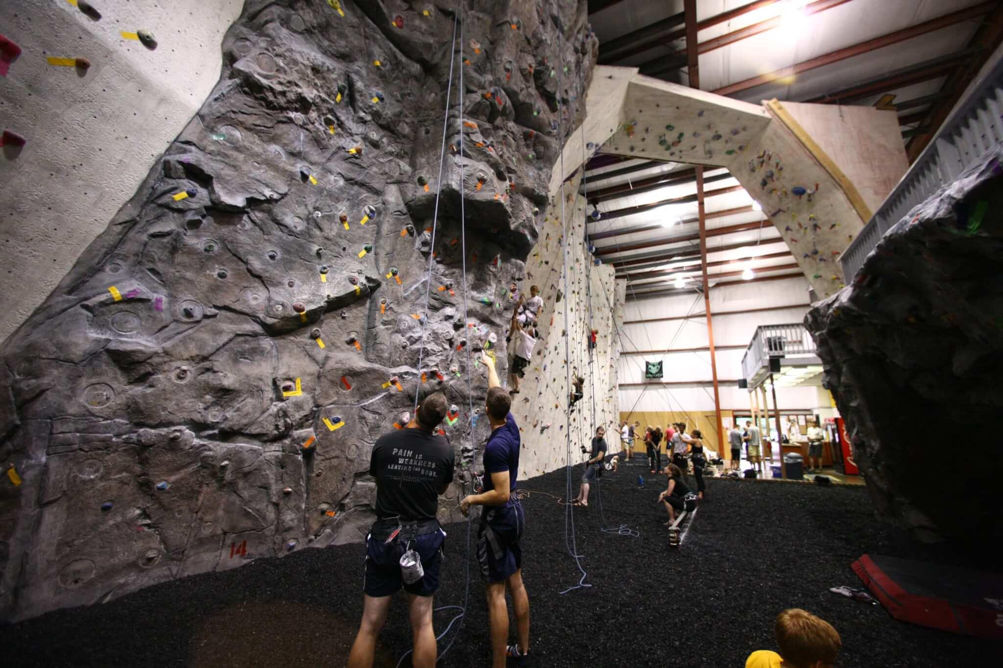 Indoor bouldering at Kendall Cliffs